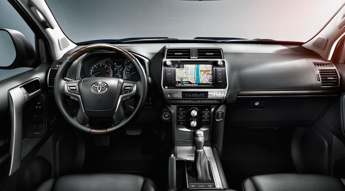 toyota land cruiser 2017 interior tme 014 a full tcm 3039 1133323